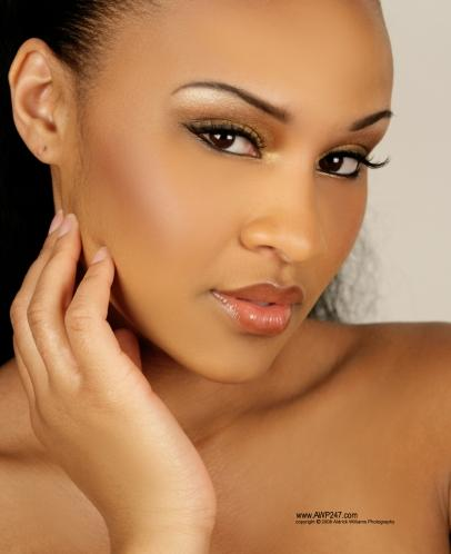 "Eye Candy: Angela ""Myammee"" Pitts » 49bcf51342550"